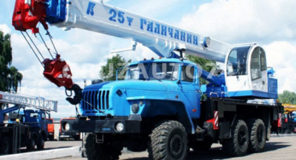 Автокран КС-55713-3 на Урал 4320 Галичанин стрела 21,7 м