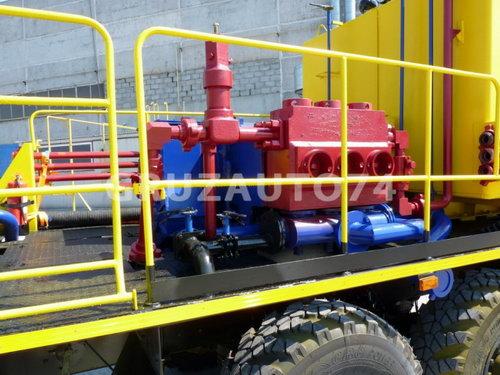 Цементировочный агрегат УНБ-125х32 (Урал 4320)