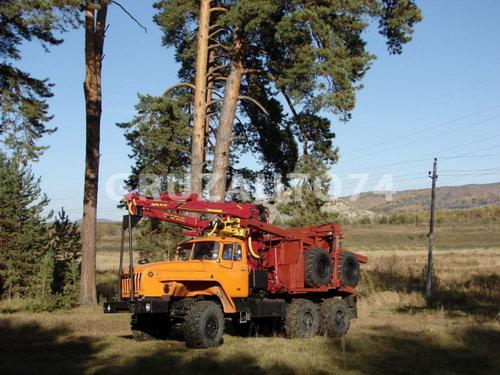 Лесовозный тягач Урал 55571-60/-70/-72 (59602C) с гидроманипулятором