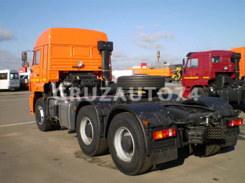 Седельный тягач КамАЗ 6460-26011-73