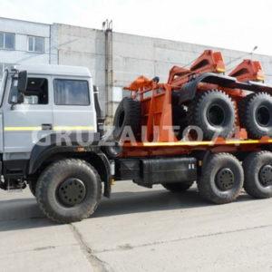 Тягач трубоплетевозный Урал 6370-1151 (690222)