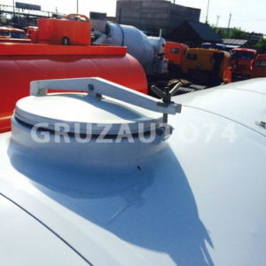 Автоцистерна для питьевой воды АЦПТ-10 на шасси КАМАЗ-43118